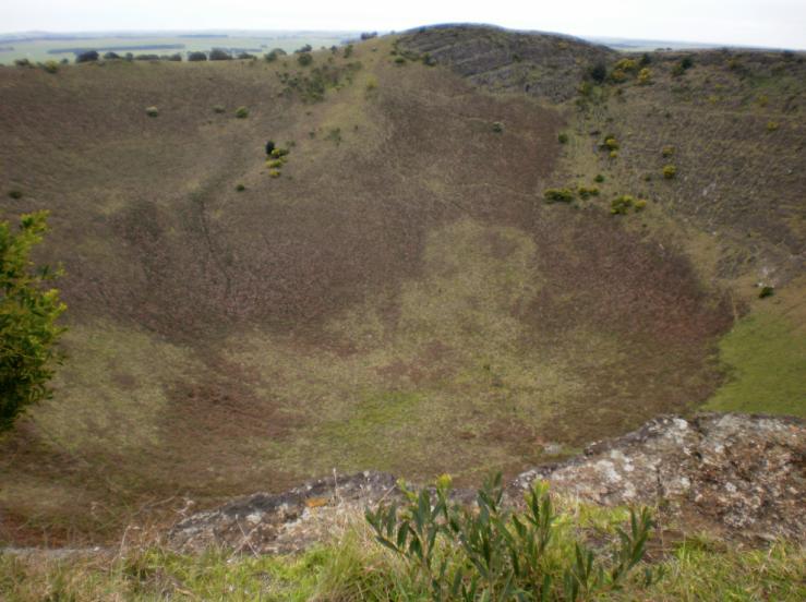 3_MountSchank_crater2
